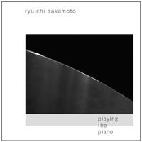 Ryuichi Sakamoto, Playing the Piano