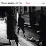 Marcin Wasilewski Trio, Live